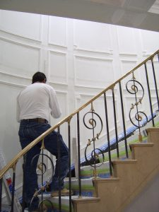 staircase_paneled_wall_classical